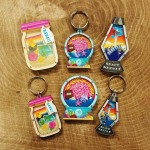SANDY MAGNETS & KEY RINGS